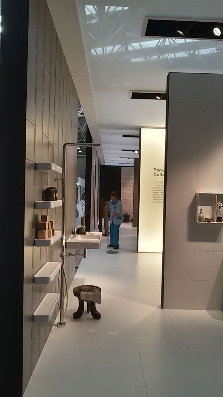 10-COTTO-THAI-CERAMIC-Cersaie-2015
