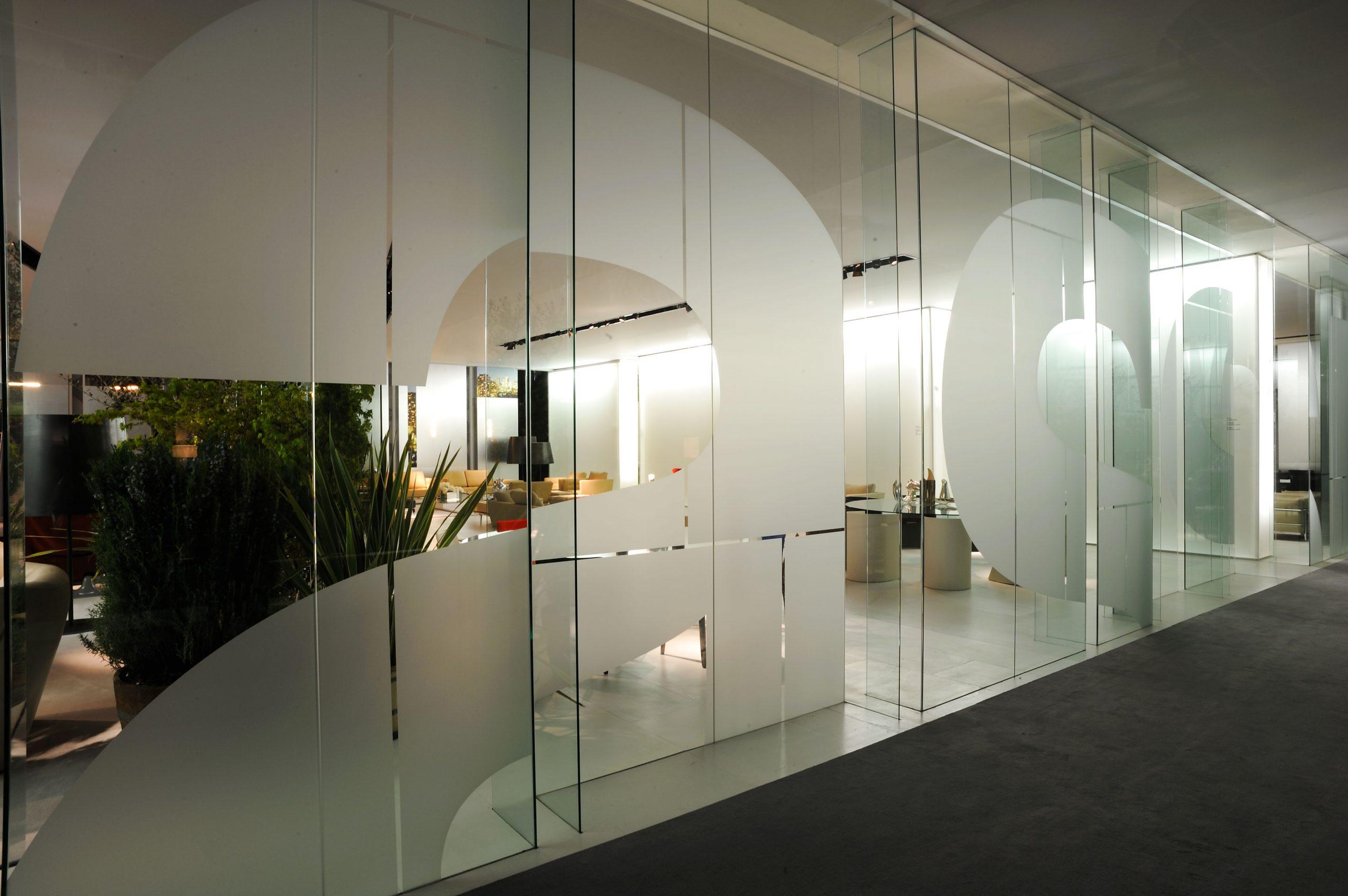 4-Cassina-Salone-Milano-2008