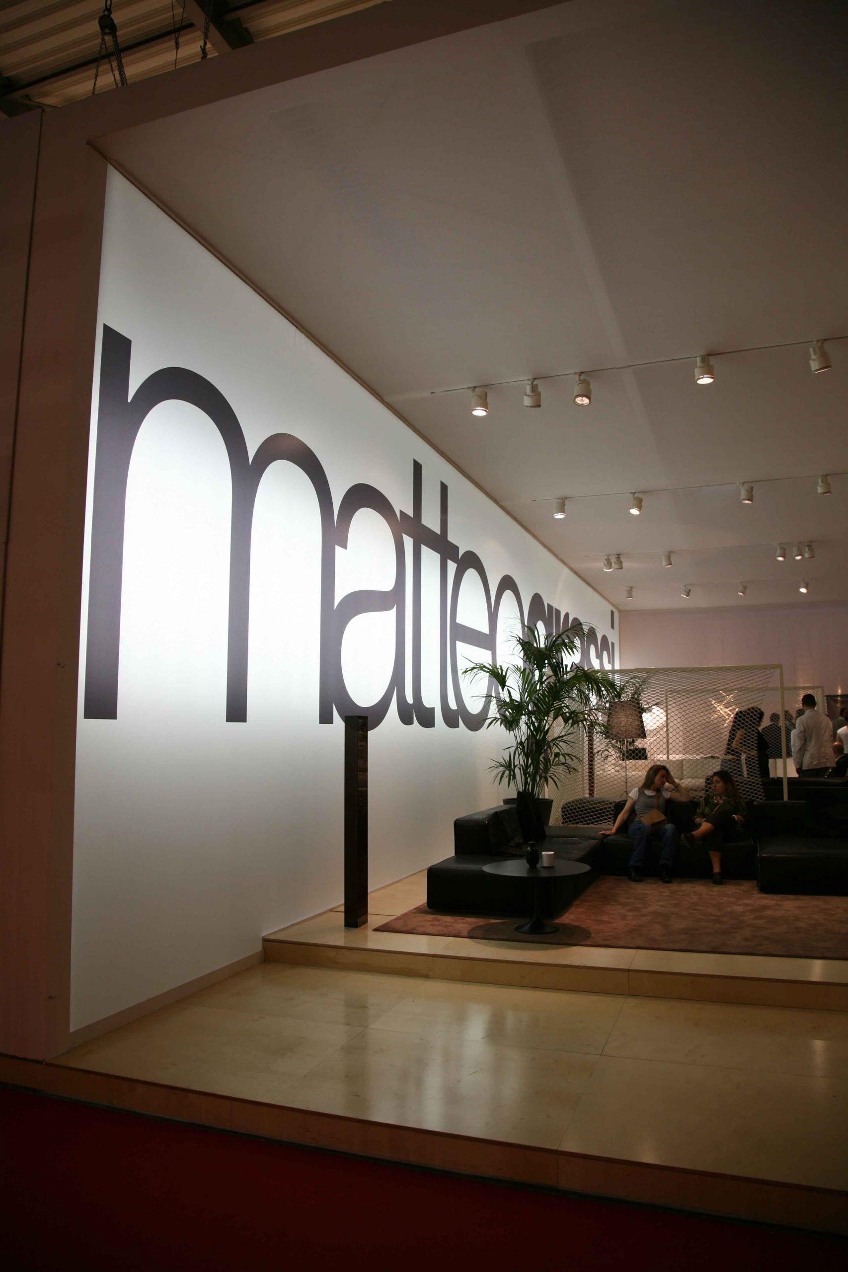 1-MatteGrassi-Salone-Mobile-2006-BELLA