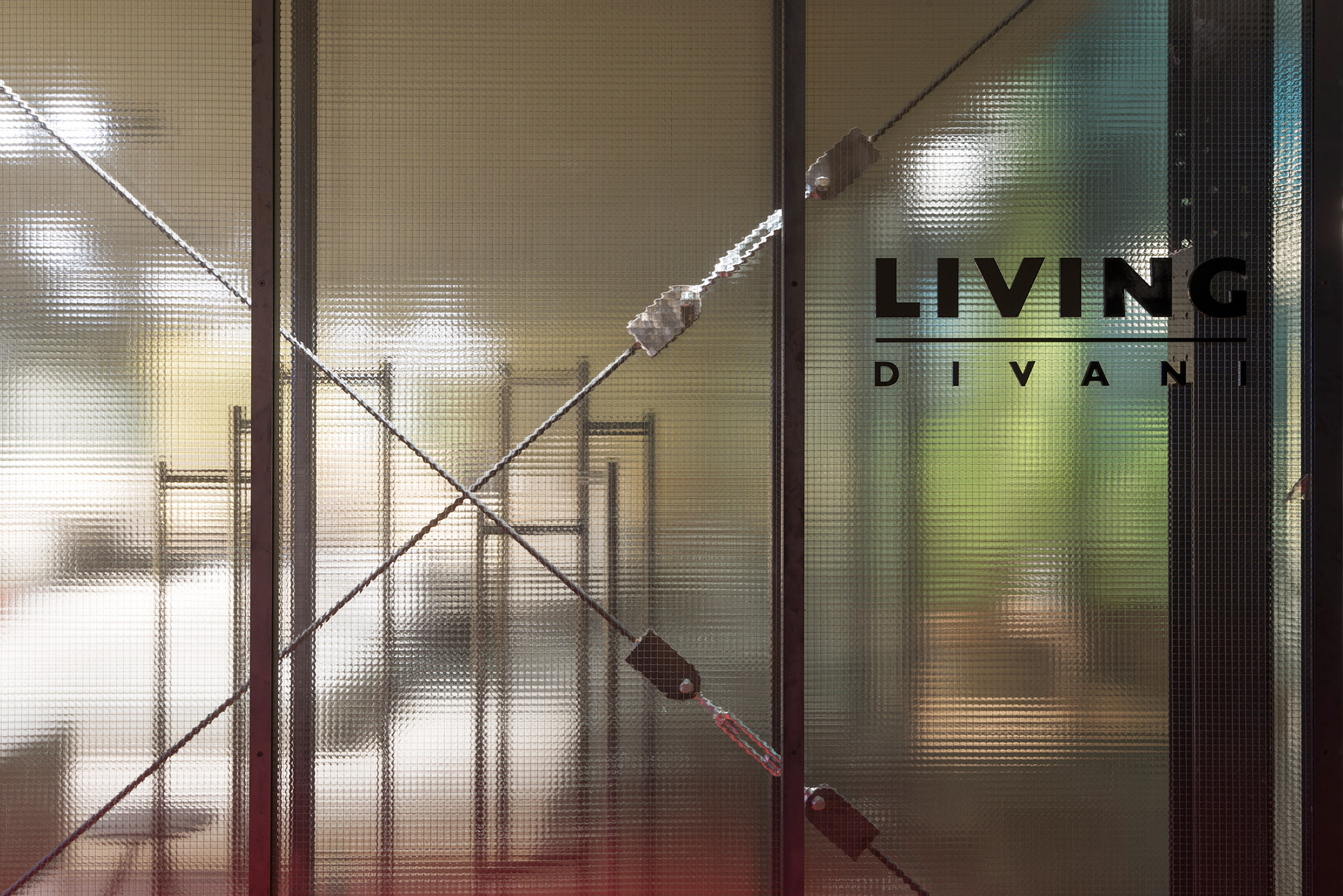 5-CAVI-Living-Salone-Milano-2016-Veronica