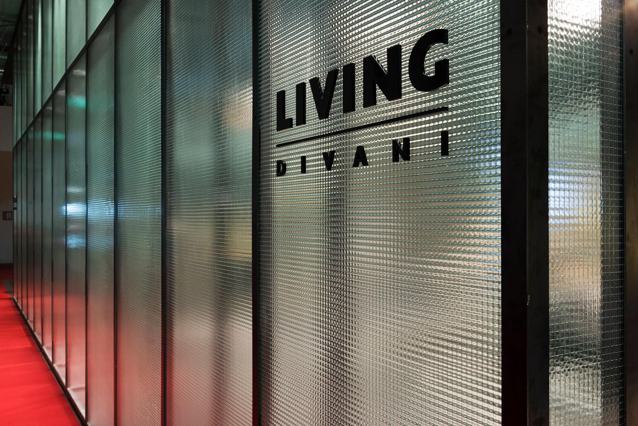 6-SOLO-VETRI-Living-Salone-Milano-2016-Veronica